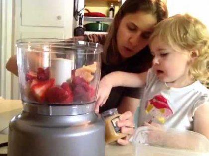 STRAWBERRY SORBET RECIPE -Made In the Food Processor- Raw food Recipe