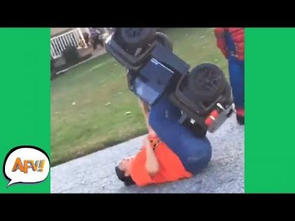 She Thought She'd FIT?? 🤣😂 | Funniest Fails | AFV 2019