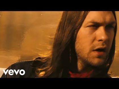 Kasabian – Fire (Official Music Video)