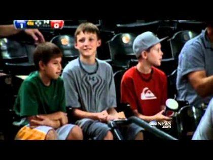 Young Baseball Fan's Act of Generosity | World News Tonight With David Muir | ABC News