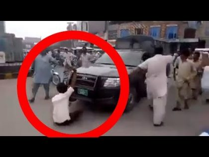 Punjab police And Lahoreye Fight Video . Today Lahore Fight 2019