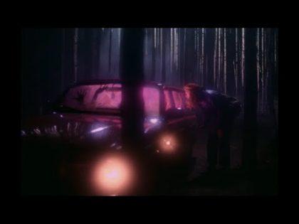 Barbora Mochowa – White & Black Holes (Official Video)