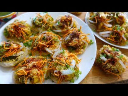 Surat Street Food Recipe • Surat Famous Live #AlooPuri • Sangeeta's World