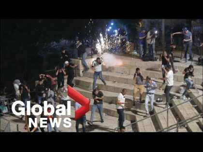 At least 80 injured in Jerusalem as clashes erupt on Laylat al-Qadr